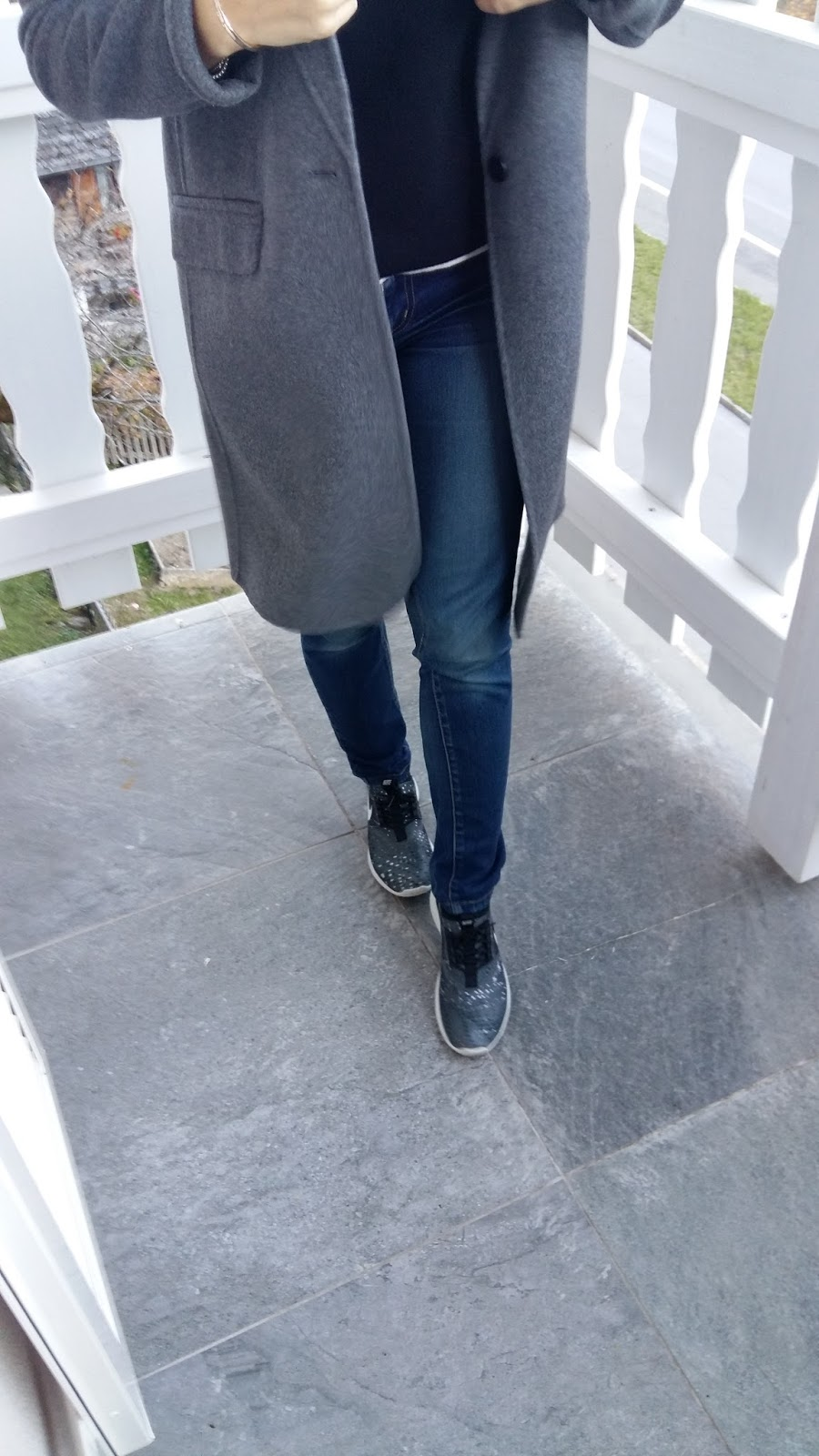 swiss alps, grey coat, fall fashion, zara, chloe, nike, blogger