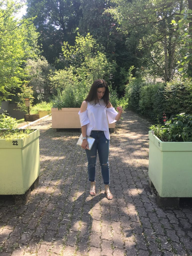 cold shoulder, asos, trends, white blouse, summer look, stuart weitzman, blogger, swiss blogger