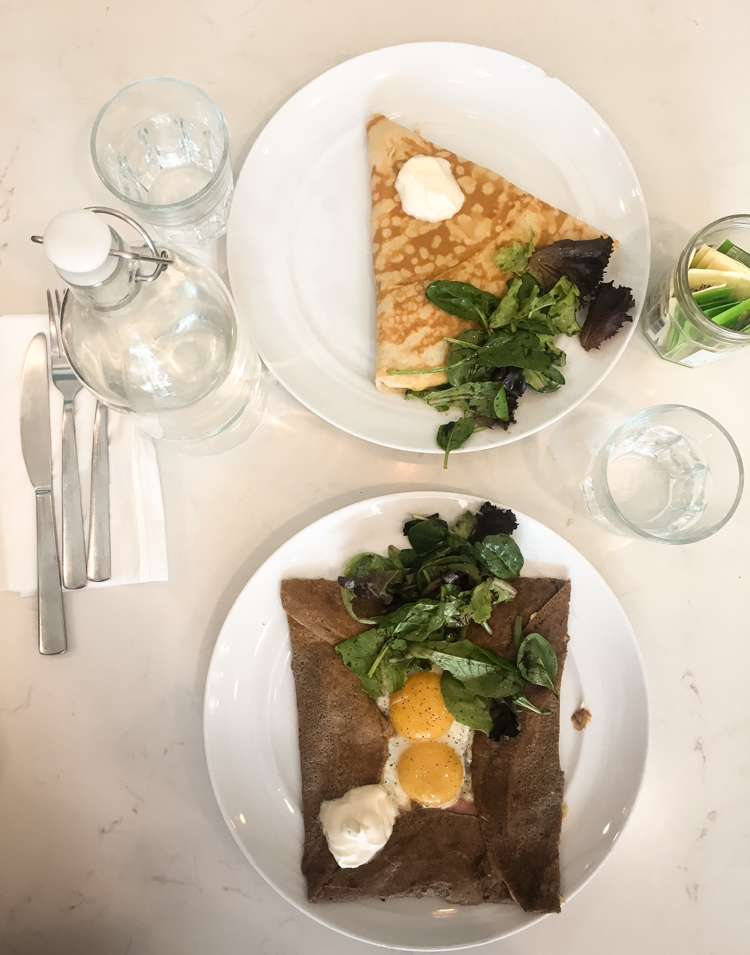 Cristina from The Brunette Nomad shares one of her favorite Dallas restaurants in her Dallas food guide, Whisk Crepe Cafe, with the help of Kate Spade