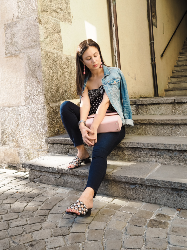 Cristina from The Brunette Nomad, Dallas fashion blogger living in Switzerland, talks about NYDJ which is her favorite denim brand for petite women