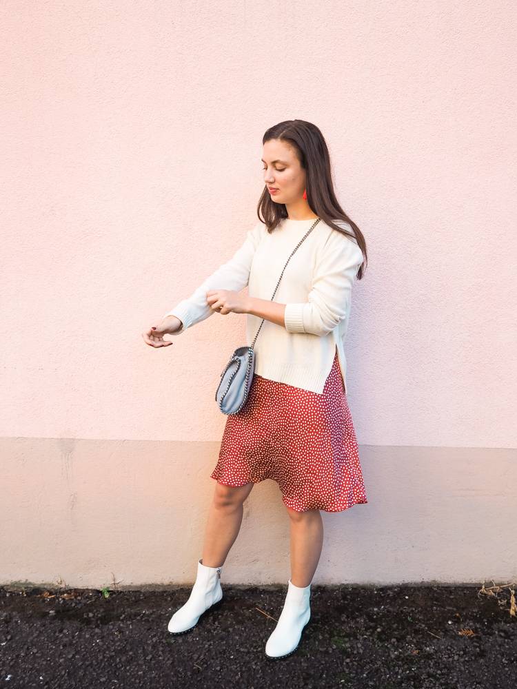 Cristina from The Brunette Nomad, Dallas fashion blogger living in Switzerland, shows you how to transition your summer dresses into Fall