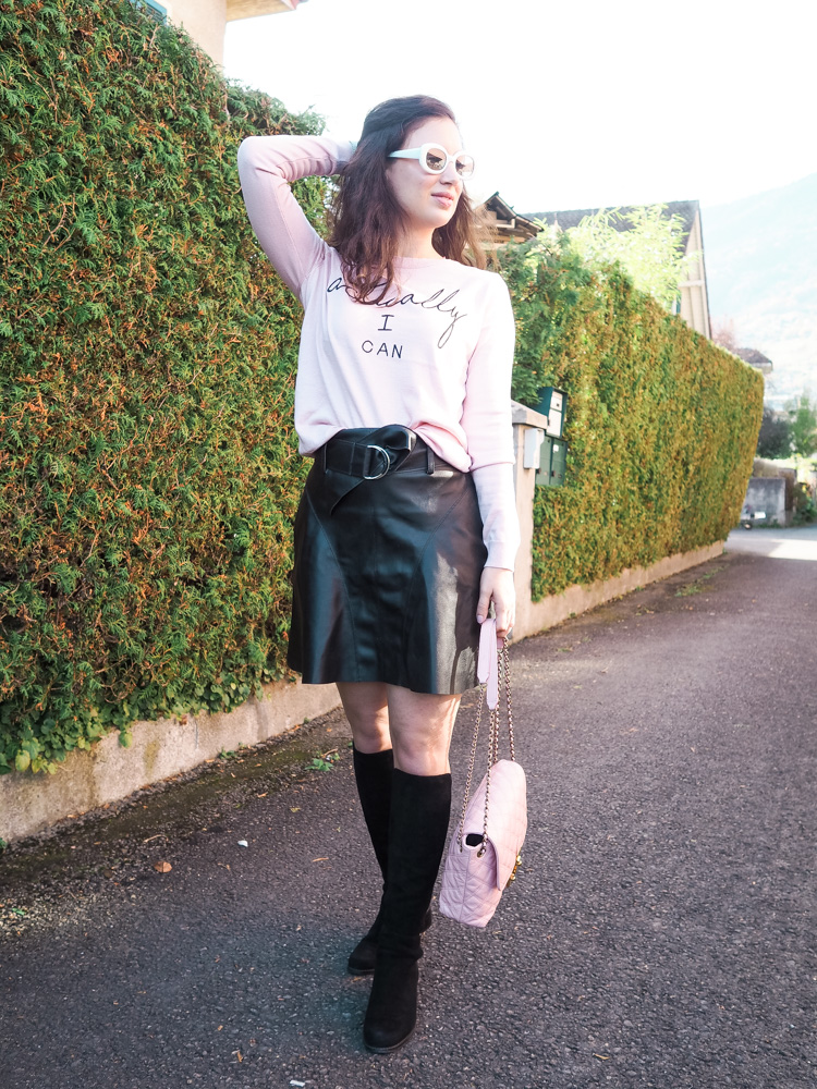 Cristina on The Brunette Nomad, Dallas fashion blogger living in Switzerland, shares a graphic New Look Sweater on the blog