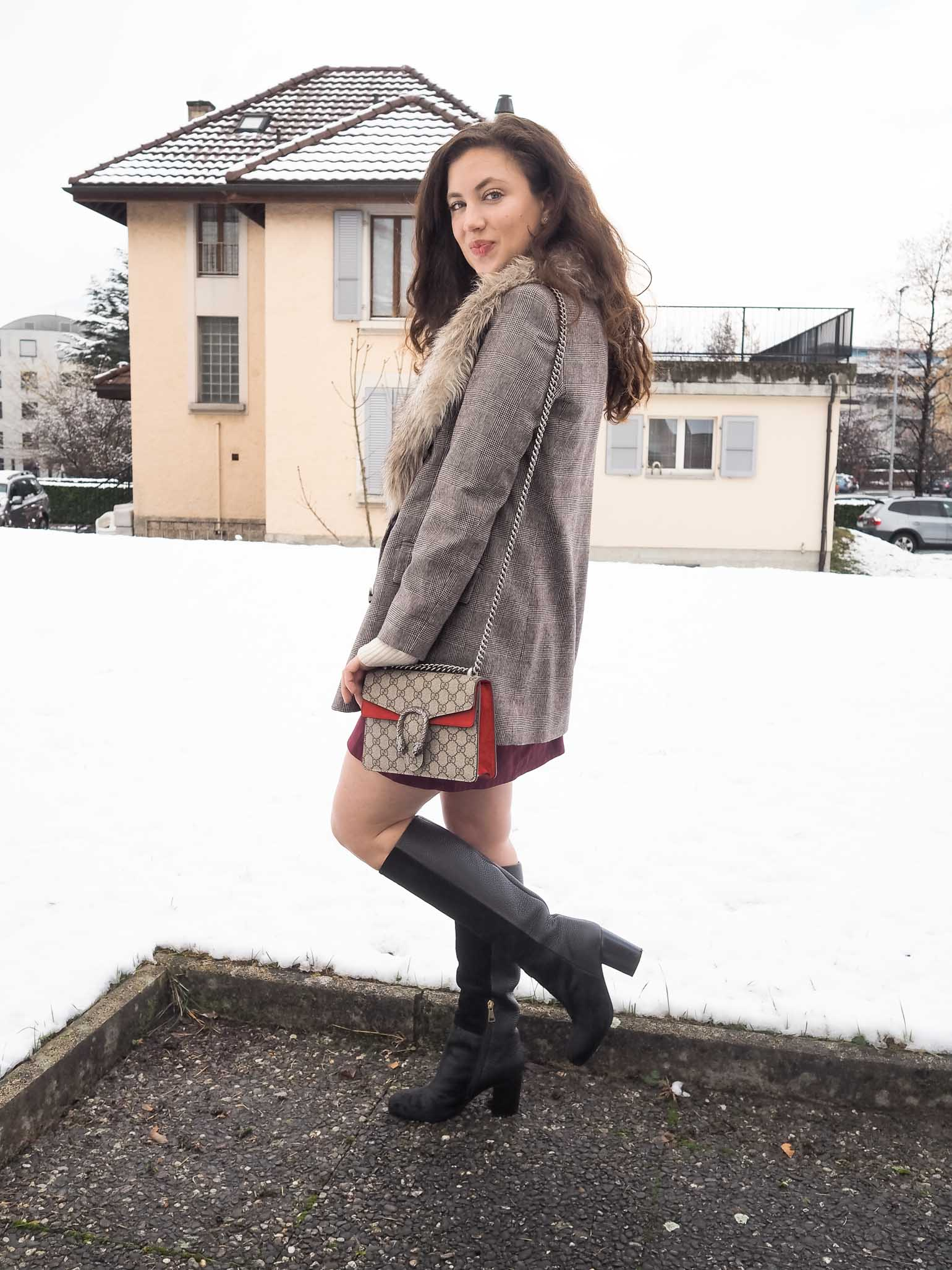 I'm in the Christmas Spirit: Plaid Holiday Look - The Brunette Nomad, Dallas fashion blogger