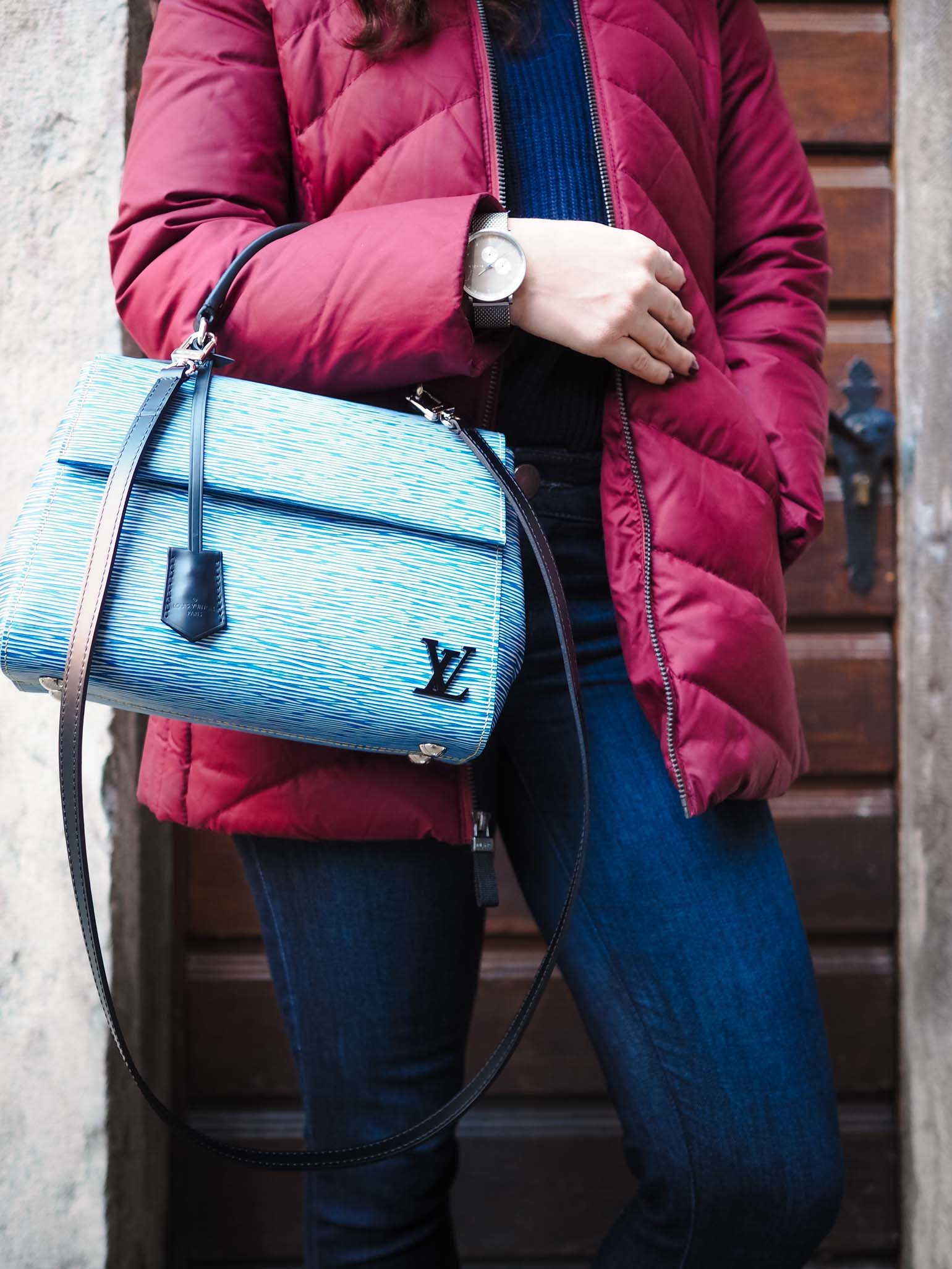 Luxury Handbag Review: Louis Vuitton Cluny BB - The Brunette Nomad, Dallas Fashion Blogger