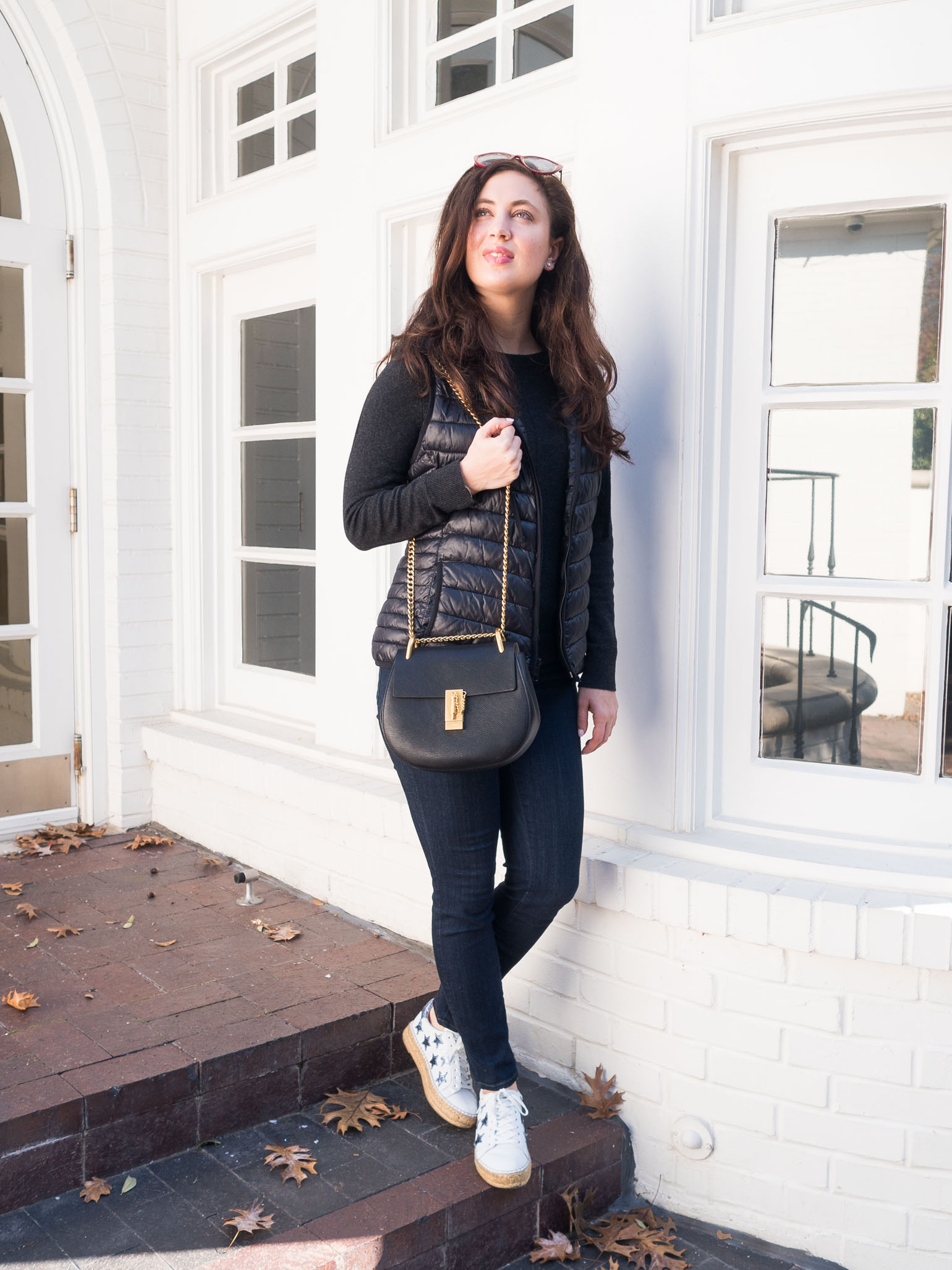 Dallas fashion bloggers hares her athleisure weekend style